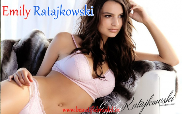 Emily Ratajkowski Measurements Height Weight Bra Size Age