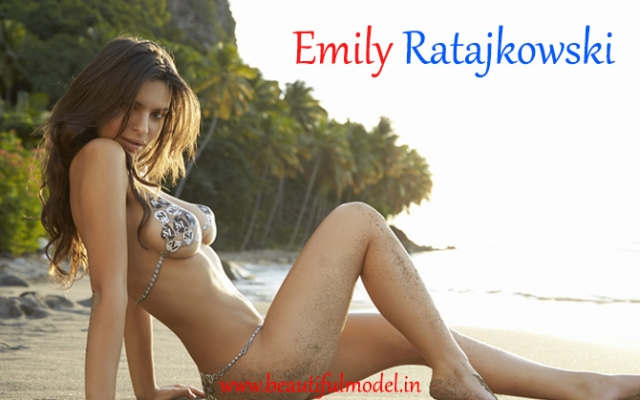 Emily Ratajkowski Measurements