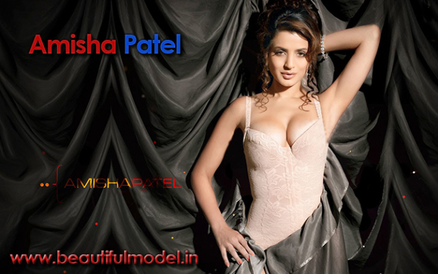 Ameesha Patel Measurements Height Weight Bra