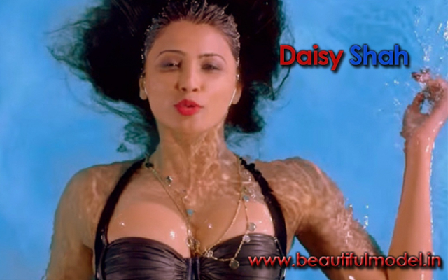 Daisy Shah Measurements Height Weight Bra Size Age