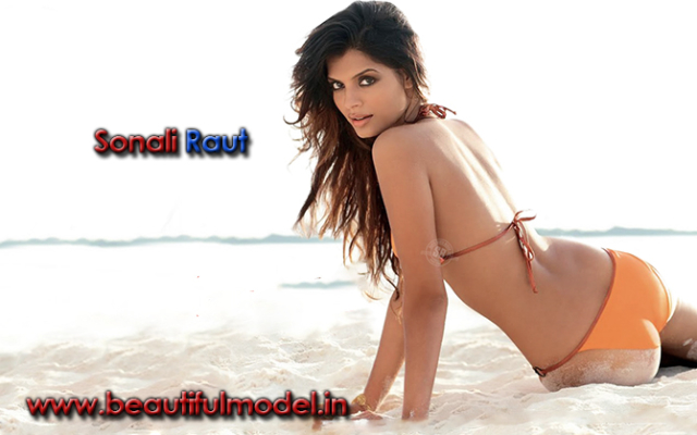 Sonali Raut Measurements Height Weight