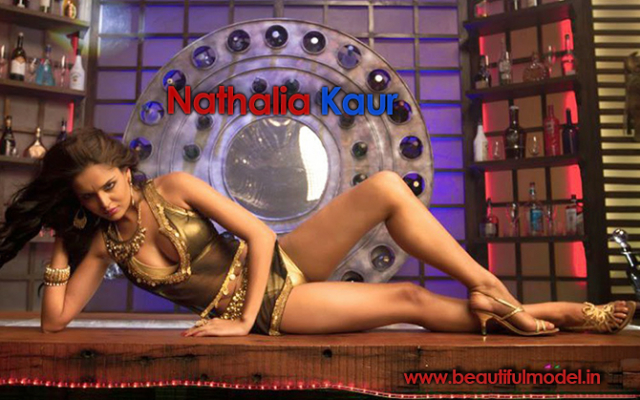 Nathalia Kaur Measurements Height