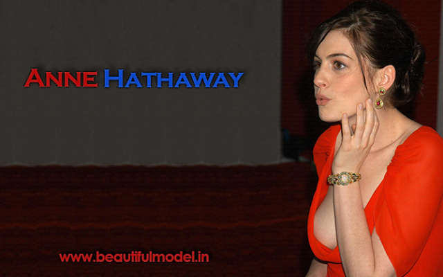 Anne Hathaway Measurements Height Weight