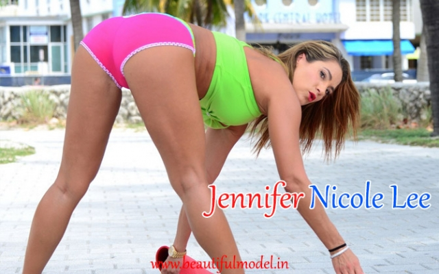 Jennifer Nicole Lee Measurements Height