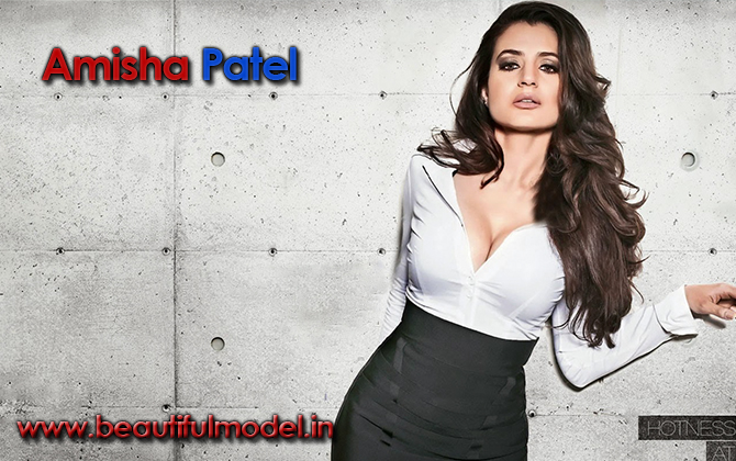 Ameesha Patel Measurements Height Weight Bra Size Age