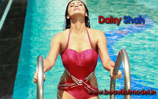 Daisy Shah Measurements Height Weight Bra Size